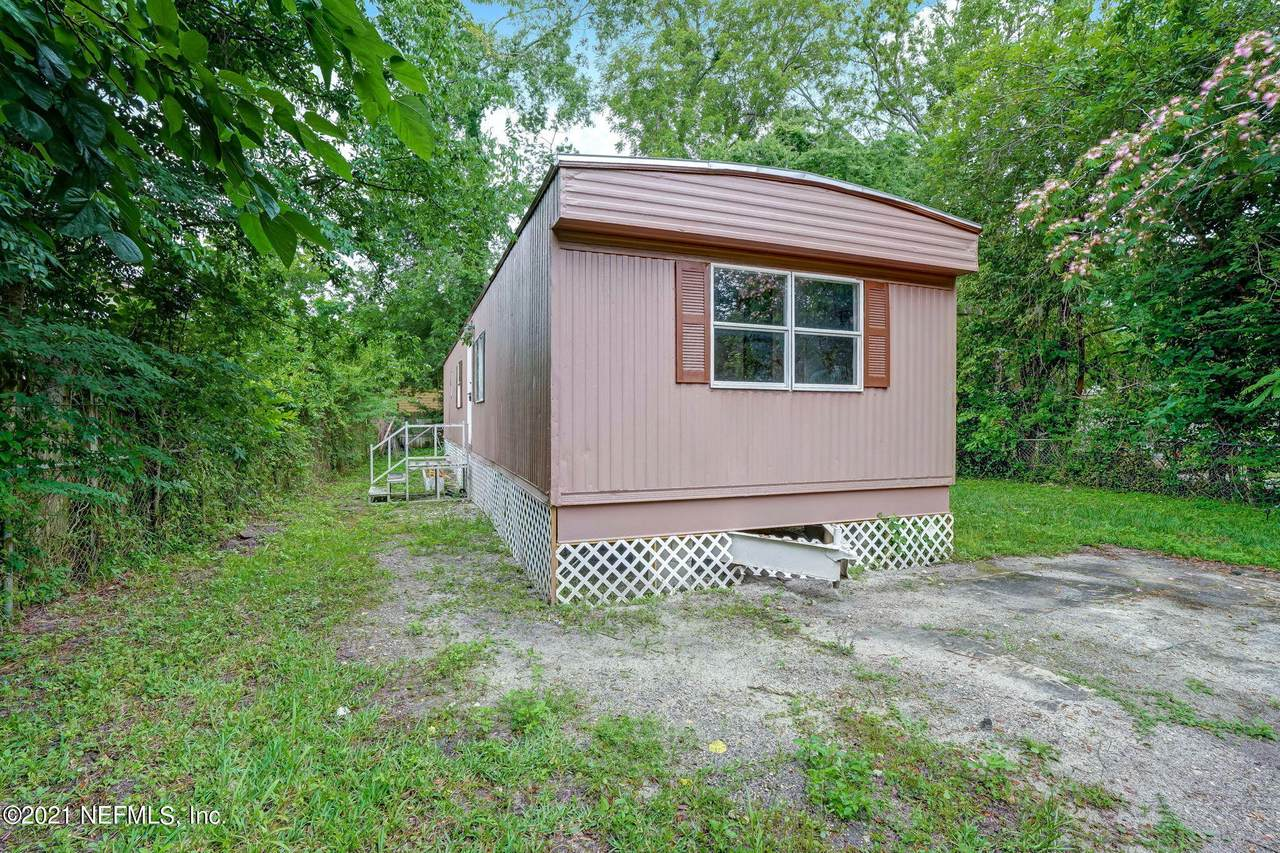 5118 Potomac Ave - Photo 1