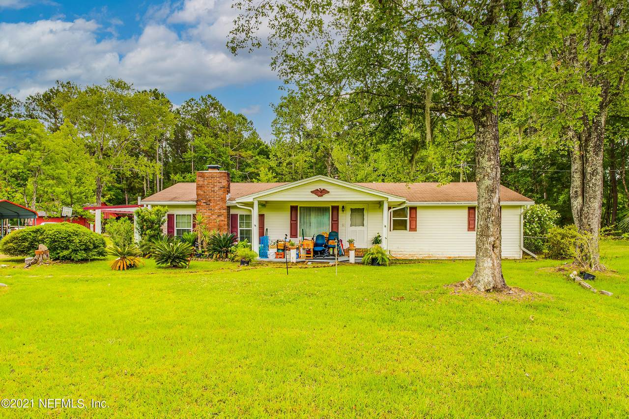 450570 State Road 200 - Photo 1