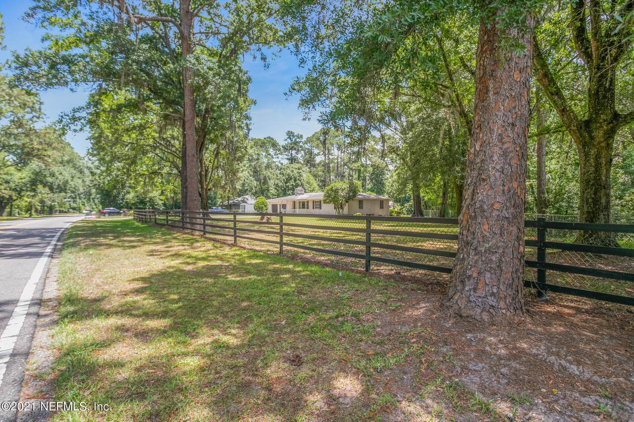 5545 Old Middleburg Rd - Photo 1
