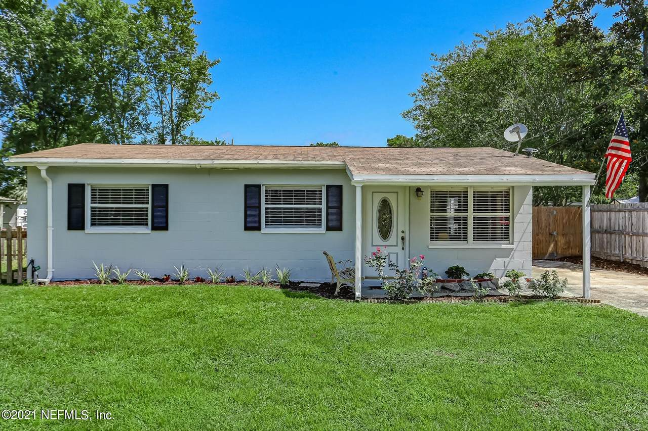 14045 Bentwood Ave - Photo 1