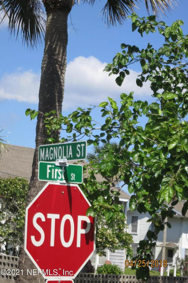 131 Magnolia St - Photo 1