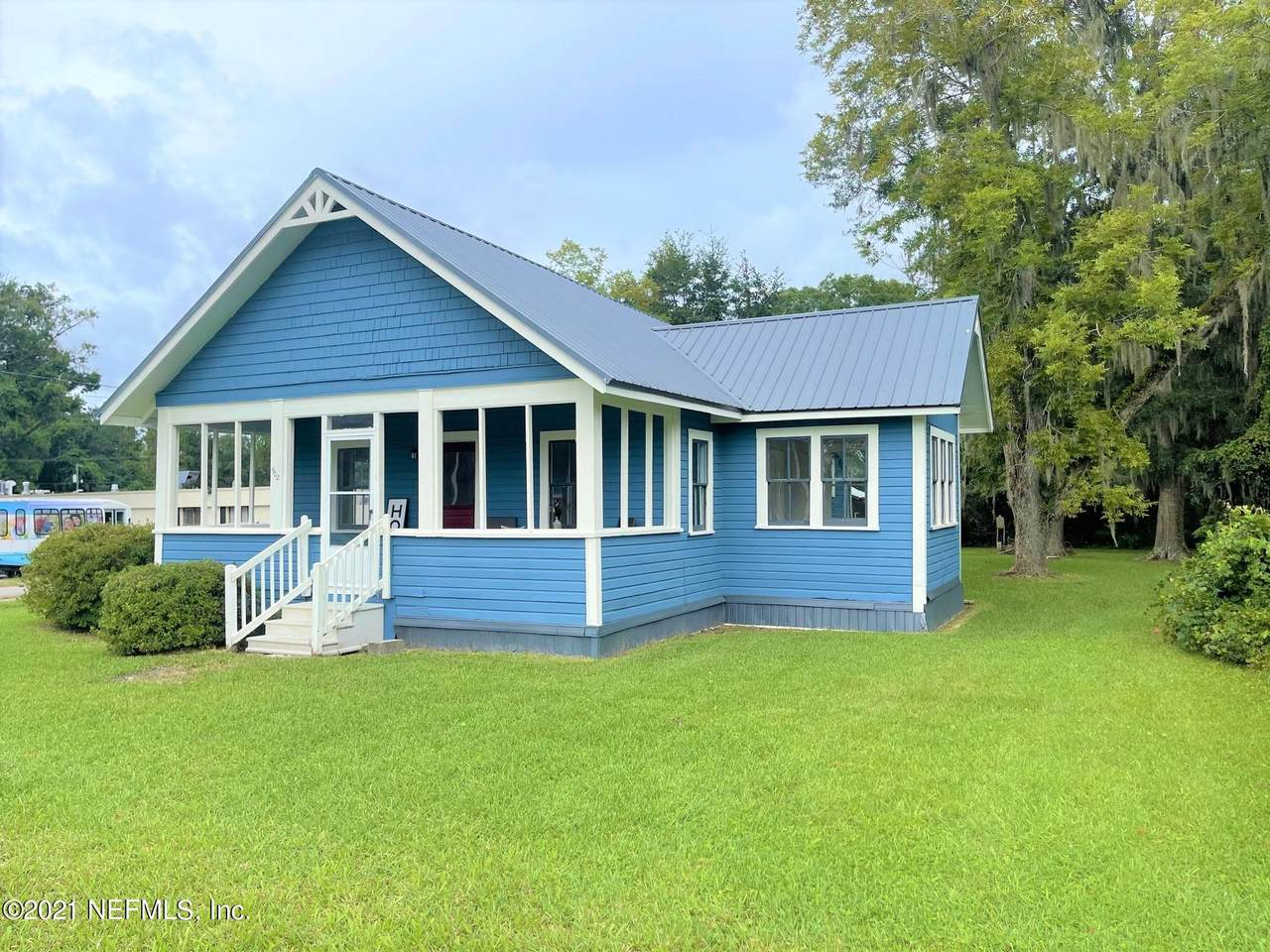 902 Colley Rd - Photo 1