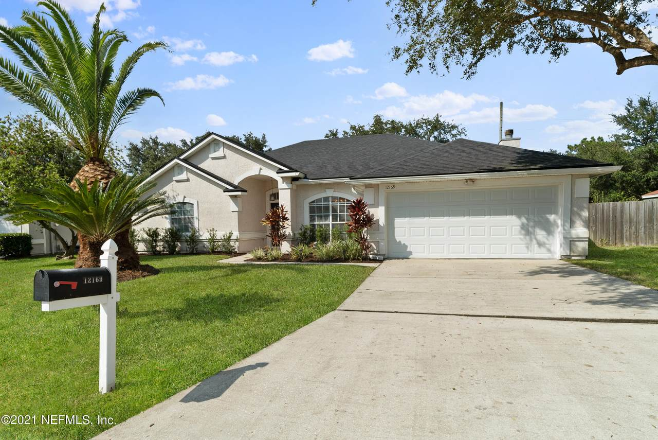 12169 Millford Ln - Photo 1