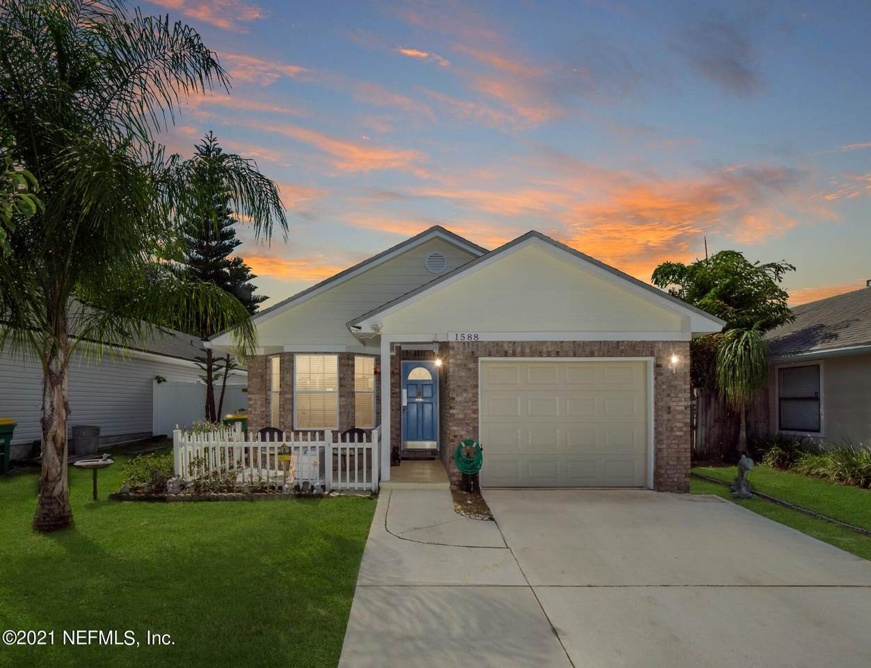 1588 Westwind Dr - Photo 1