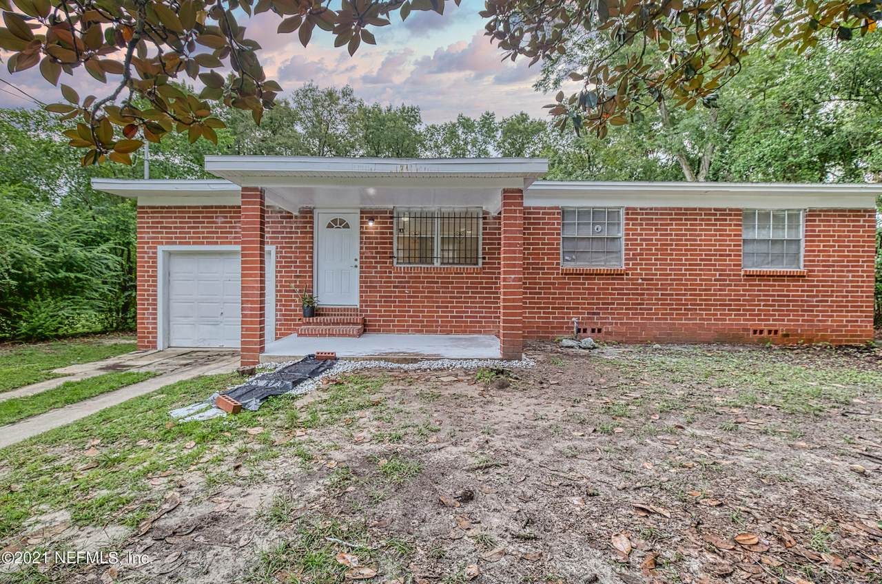 3925 Jammes Rd - Photo 1