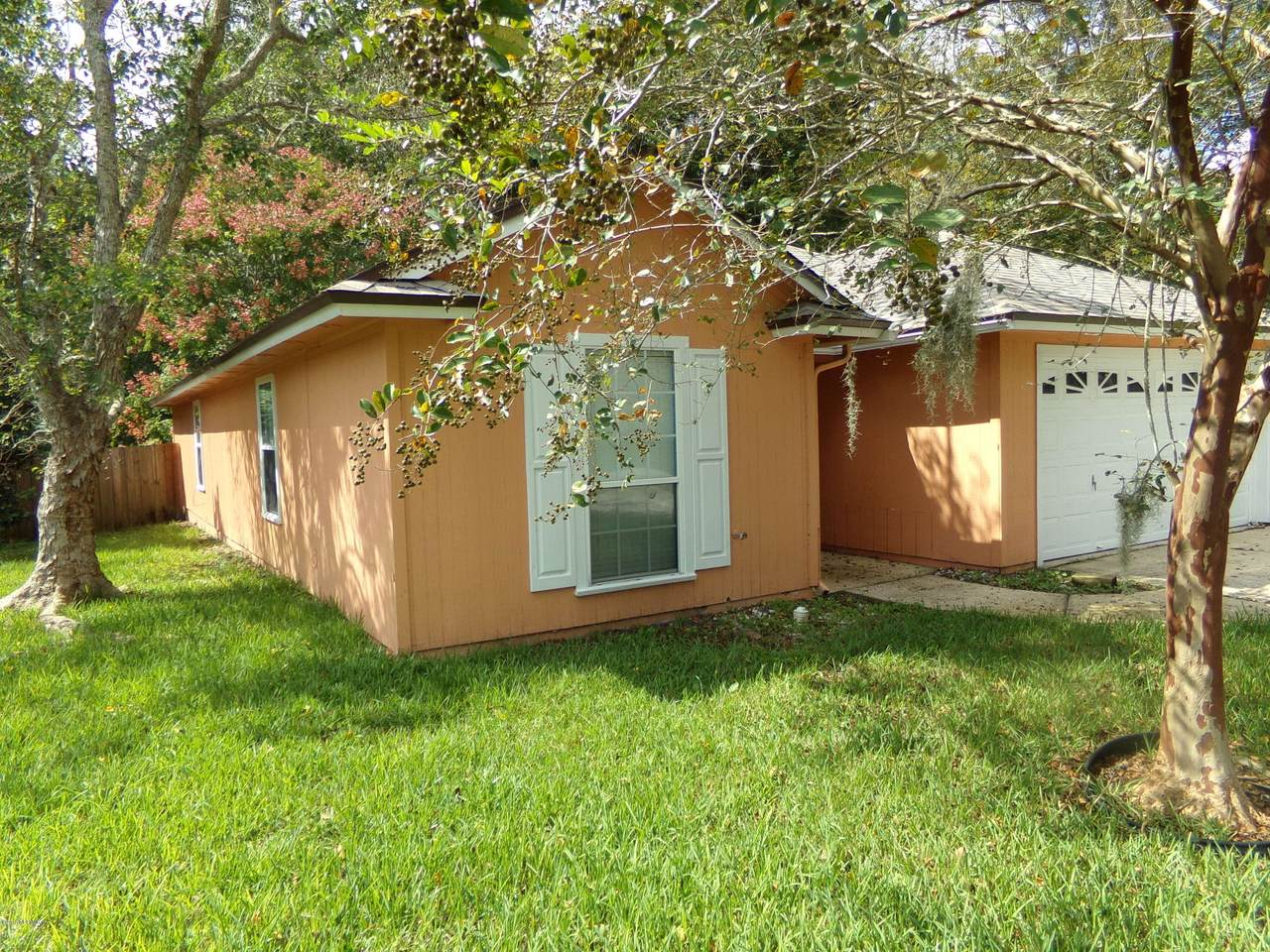 1158 Windy Willows Dr - Photo 1