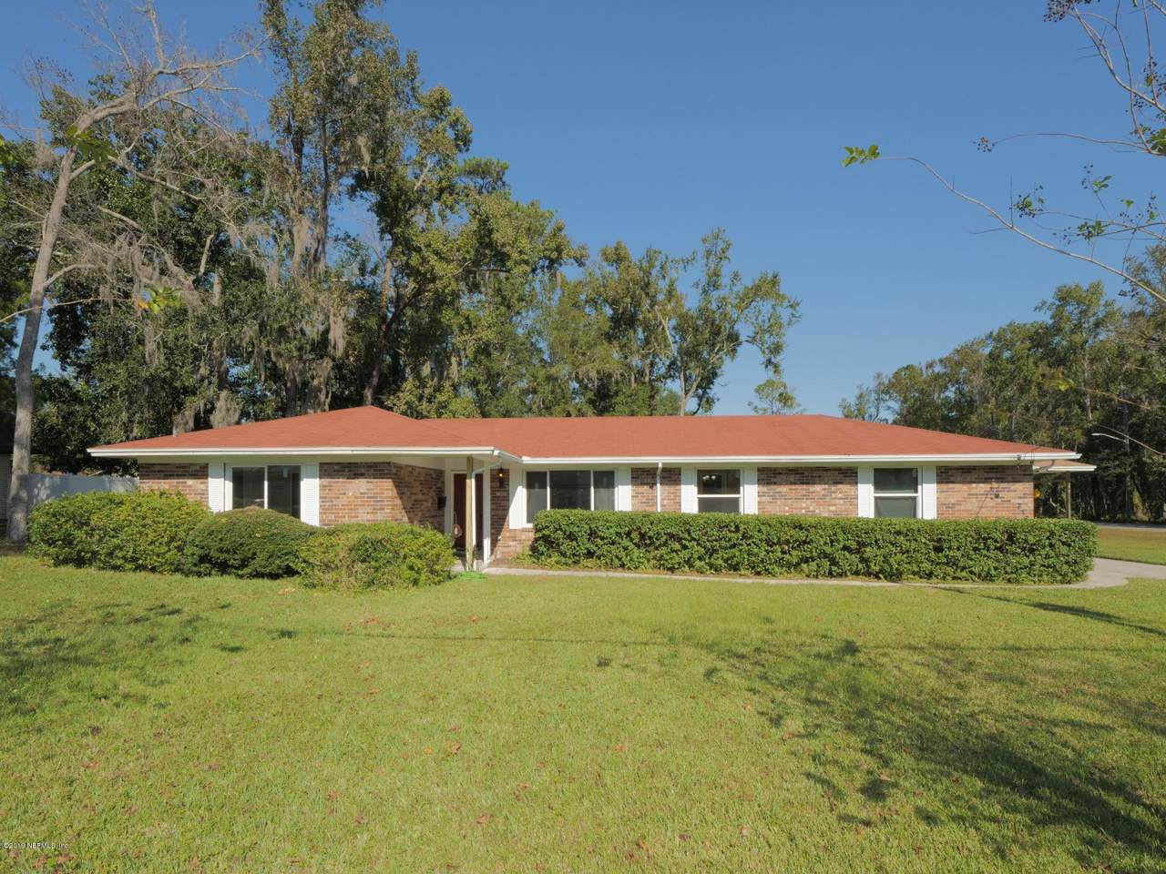 717 Winfred Dr - Photo 1