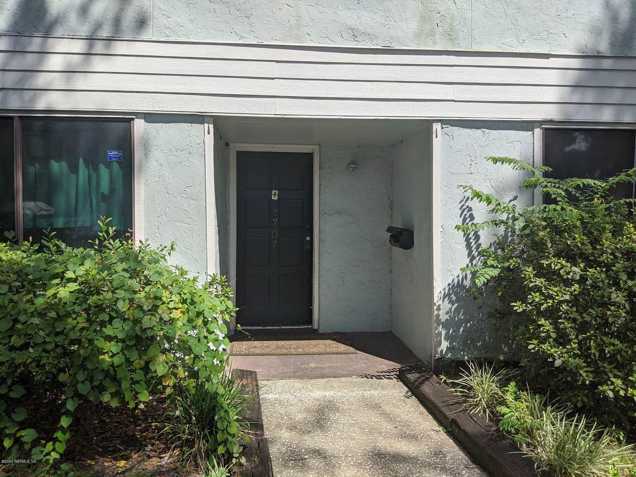707 Oaks Manor Ct - Photo 1
