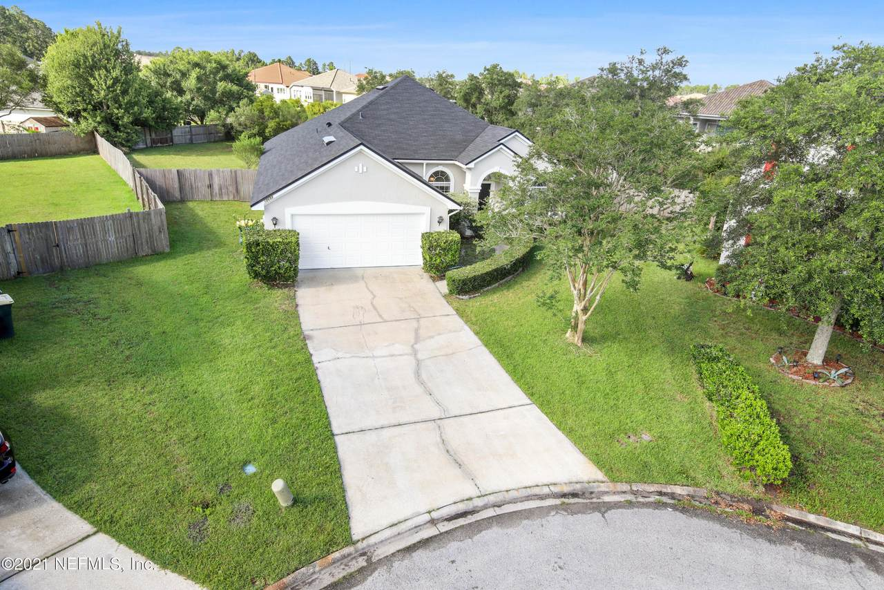 12652 Holly Springs Ct - Photo 1