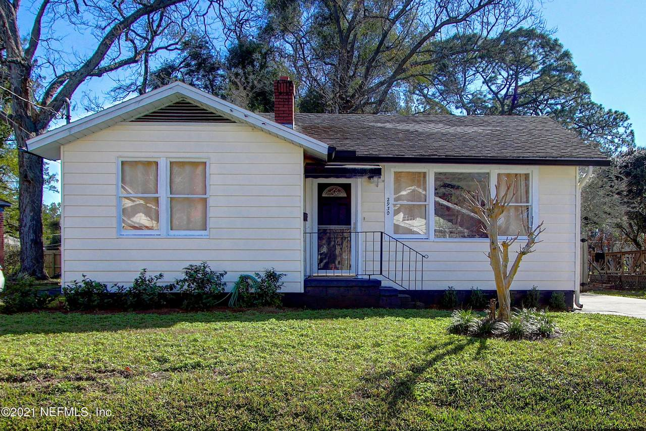 2930 Collier Ave - Photo 1