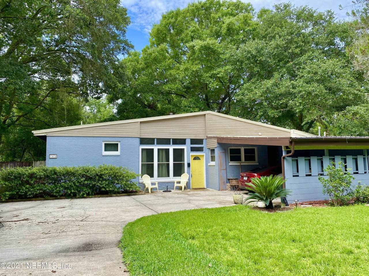 7572 Old Kings Rd - Photo 1
