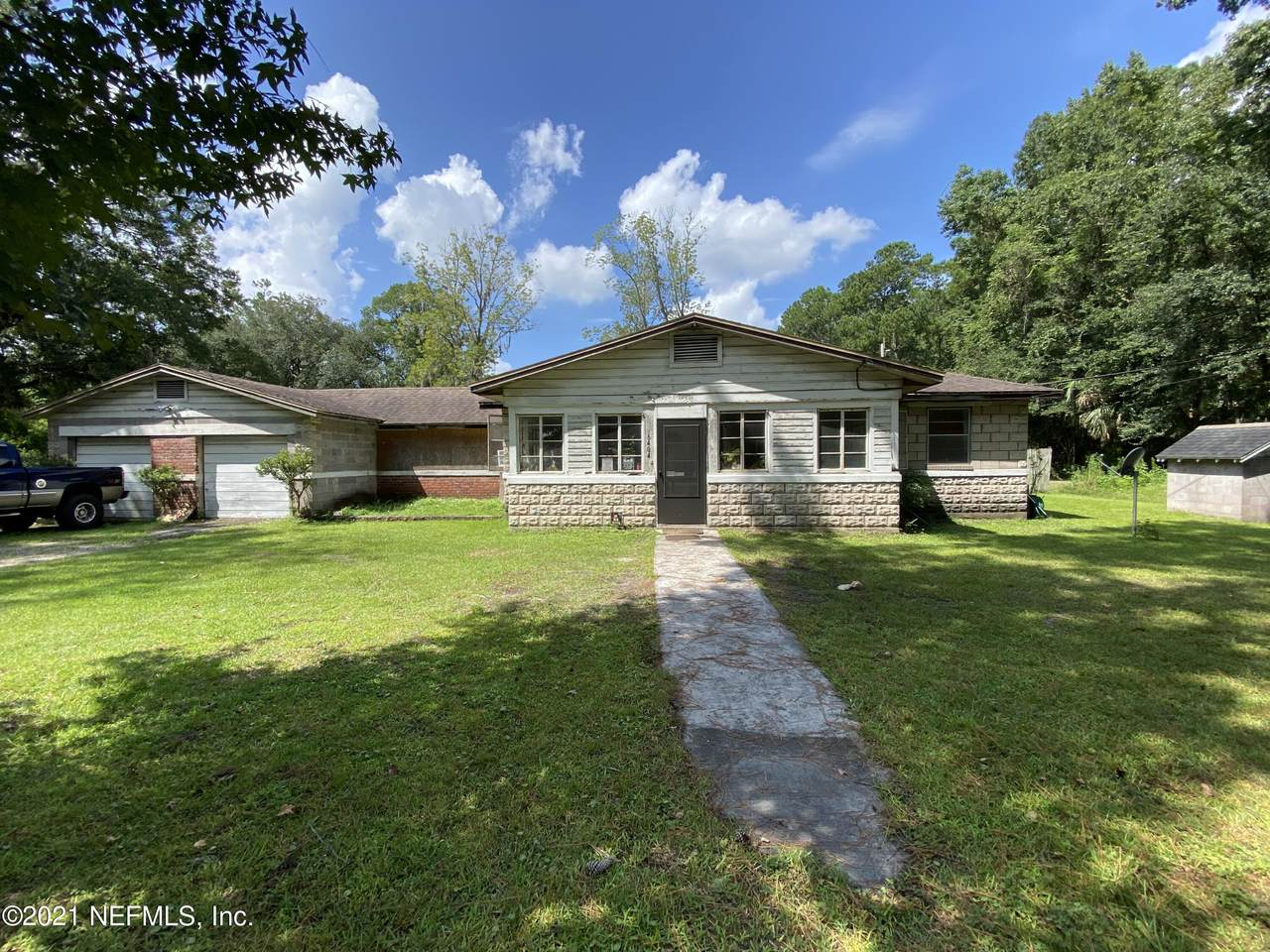 6404 Old Kings Rd - Photo 1