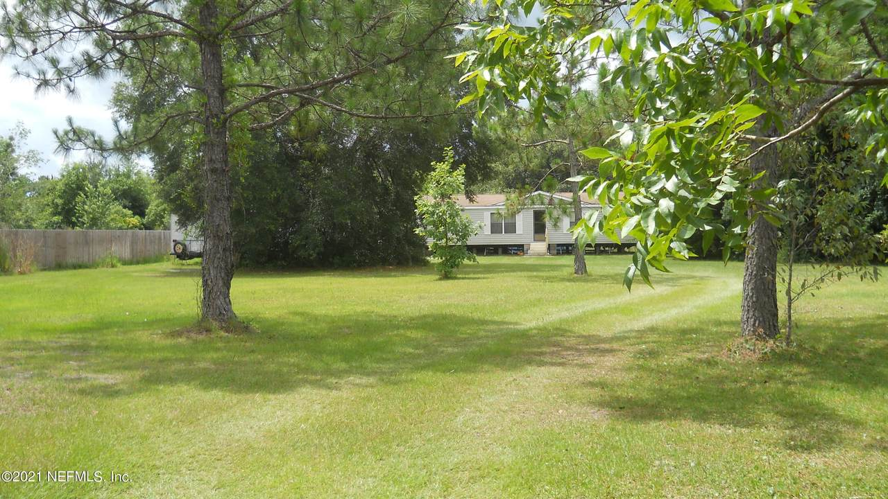 6325 State Road 16 - Photo 1