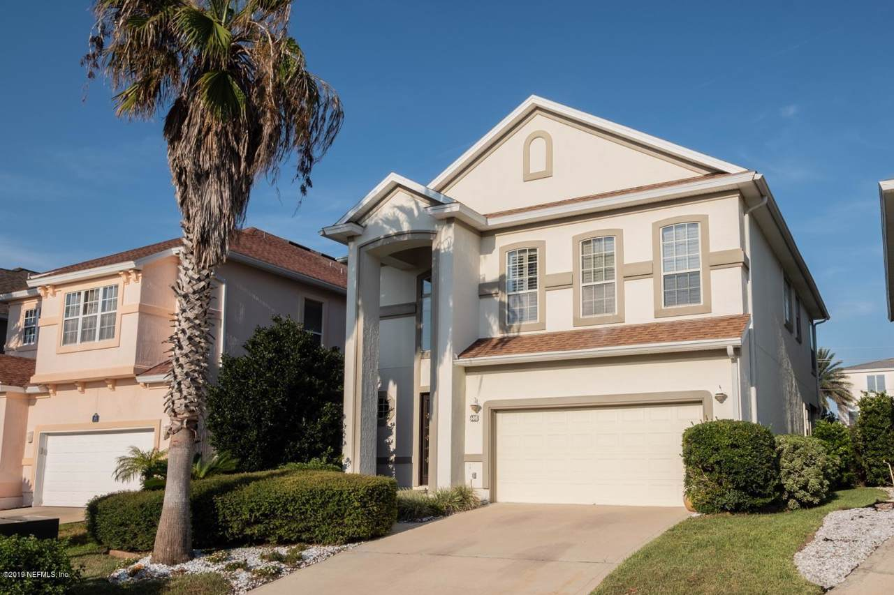 688 Sand Isles Cir - Photo 1