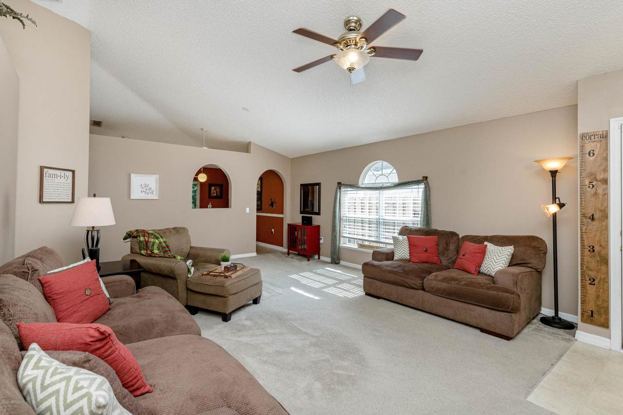 6619 Gentle Oaks Dr - Photo 1