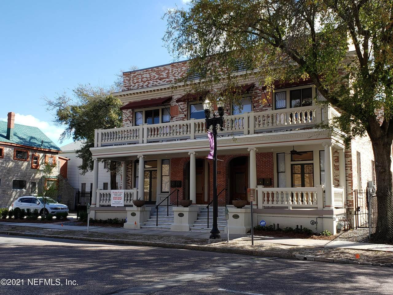 122 Duval St - Photo 1