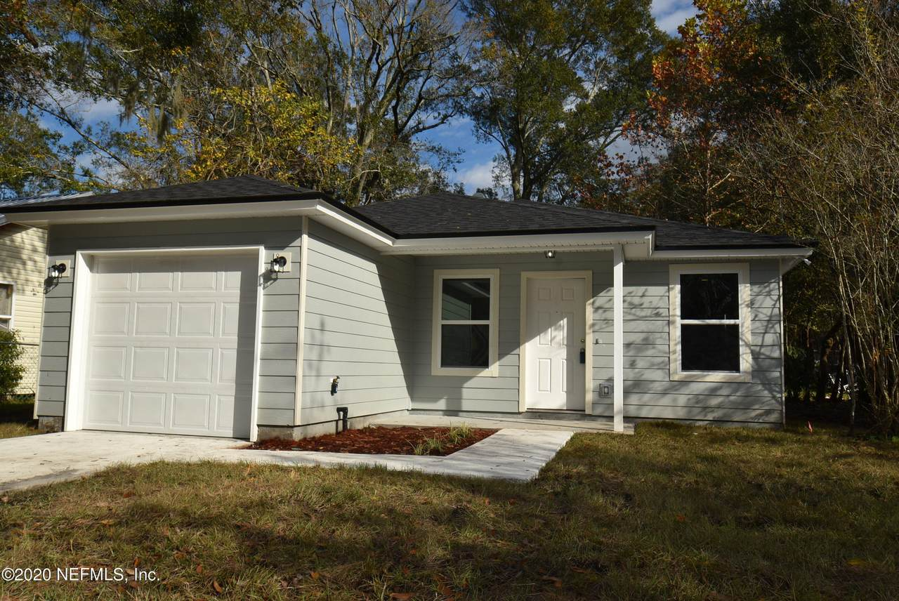 2159 Melson Ave - Photo 1