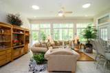916 Grist Mill Ct - Photo 18