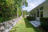 916 Grist Mill Ct - Photo 29