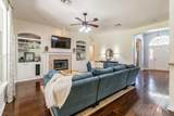 2812 Pratt Pl - Photo 12