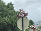 1552 Walnut St - Photo 2