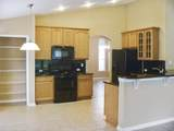 7621 Crosstree Ln - Photo 3