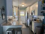 1524 Linden Ave - Photo 1