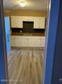 910 18TH St - Photo 2