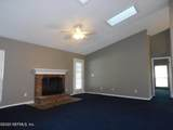 8909 Snow Hill Ln - Photo 15