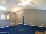 8909 Snow Hill Ln - Photo 17