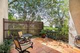 8008 Hollyridge Rd - Photo 15