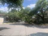 1519 Perry St - Photo 4