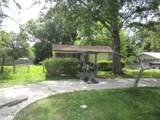560 Willow Ave - Photo 3