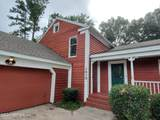 1619 Indian Springs Dr - Photo 4