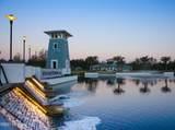 610 Meadow Creek Dr - Photo 3
