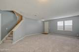 9137 Redtail Dr - Photo 16