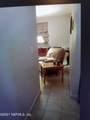 2903 Spencer St - Photo 9