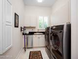 7623 Hollyridge Rd - Photo 34