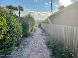 1620 Beach Ave - Photo 14