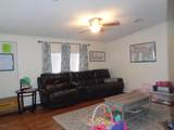 712 Cordell Ave - Photo 3