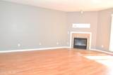 915 Silver Spring Ct - Photo 17