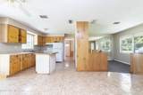 300 Holiday Dr - Photo 11