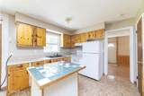 300 Holiday Dr - Photo 13