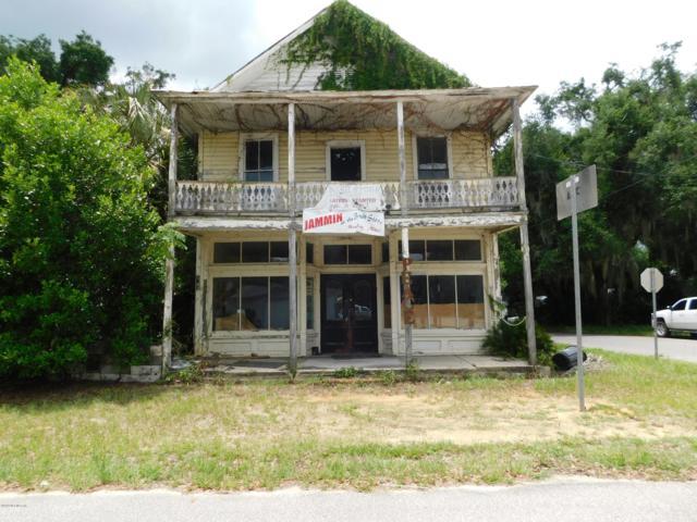 201 Commonwealth Ave, Interlachen, FL 32148 (MLS #1000176) :: Noah Bailey Real Estate Group