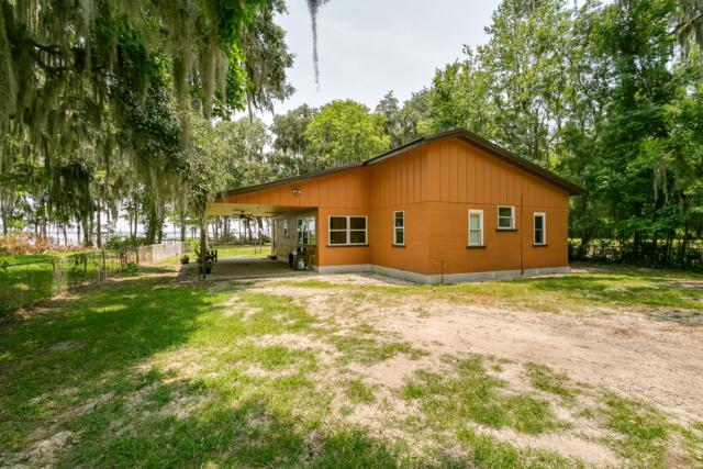 220 River Haven Ct, Palatka, FL 32177 (MLS #1000318) :: The Hanley Home Team