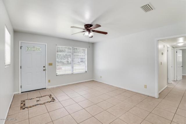 7521 Proxima Rd, Jacksonville, FL 32210 (MLS #1000462) :: Noah Bailey Real Estate Group
