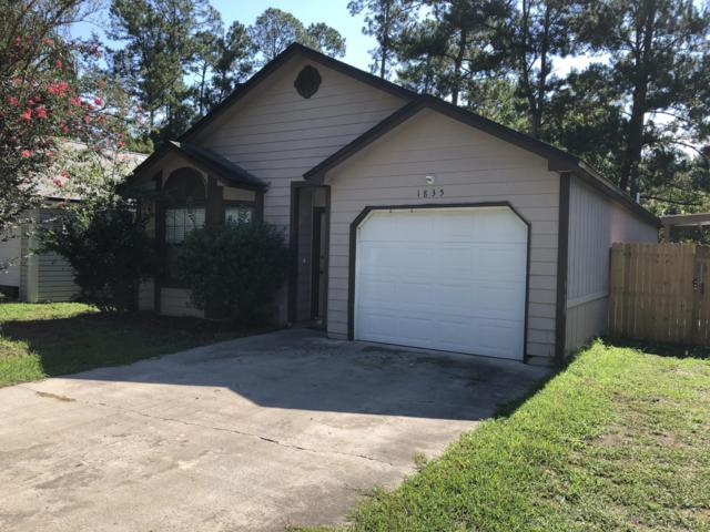 1835 Quebec Ct, Middleburg, FL 32068 (MLS #1000840) :: Berkshire Hathaway HomeServices Chaplin Williams Realty