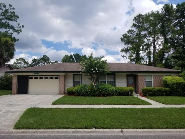 11559 W Ride Dr, Jacksonville, FL 32223 (MLS #1000924) :: EXIT Real Estate Gallery