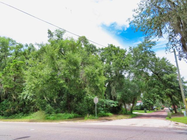 2216 St. Johns Ave Ave, Palatka, FL 32177 (MLS #1001043) :: The Hanley Home Team