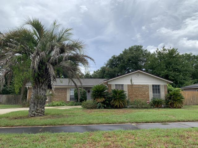 8070 Stargrass Ct, Jacksonville, FL 32210 (MLS #1001317) :: The Hanley Home Team